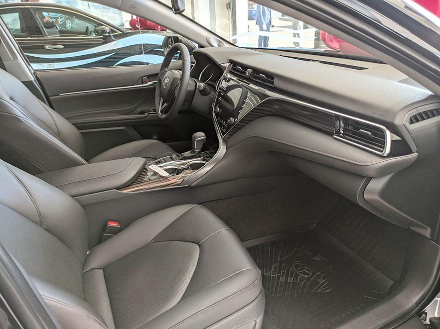 Toyota Camry Prestige 2.5 фото салона